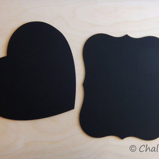 Set of 2 Chalkboards Heart and Scroll