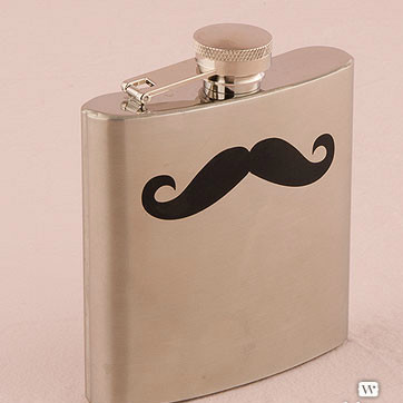 Great flask gift for your groomsmen!