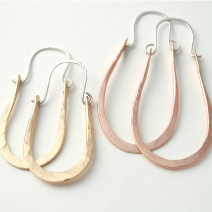 oval silhouette hoop earrings
