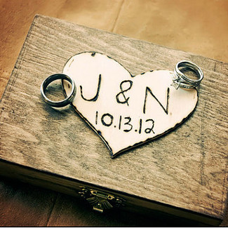 Chic Wedding Ring Bearer Box