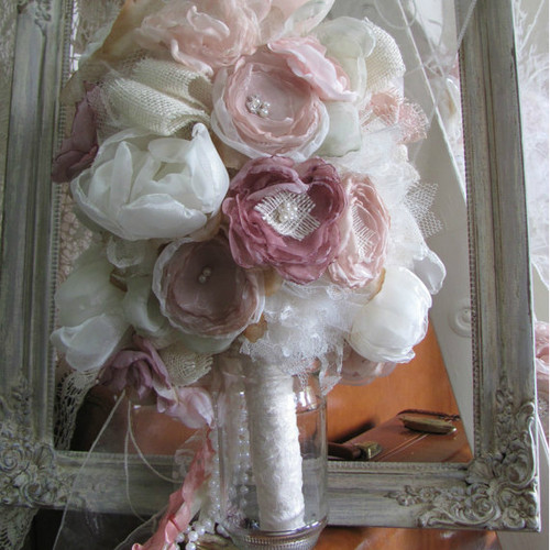 Alternative Wedding Bouquet with Rhinestone and Pearls