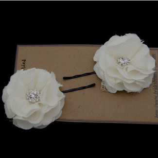 Ivory Little Bobby Pin Flower with Lace and Rhinestone - set of 2