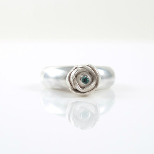 Sterling Silver Flower Ring with Emerald Stone