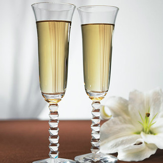 Interlocking Diamond Stem Champagne Flutes