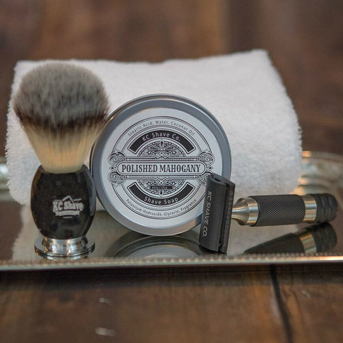 Personalized Groomsmen Shave Kit Gifts - The Maxwell