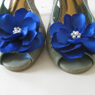 Something Blue Shoe Clip