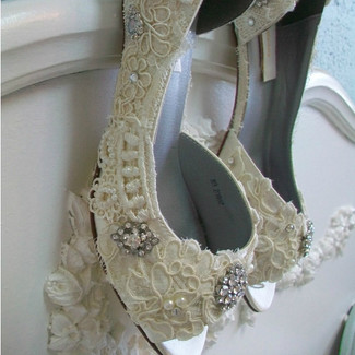 Vintage Lace Bridal Shoes