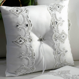 Royal Lace Ring Pillow