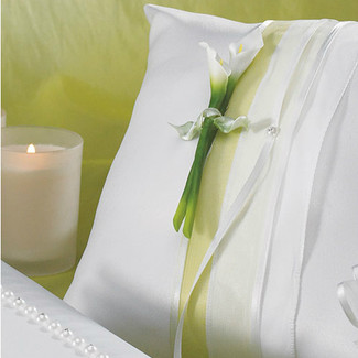 Bridal Calla Lily Ring Pillow
