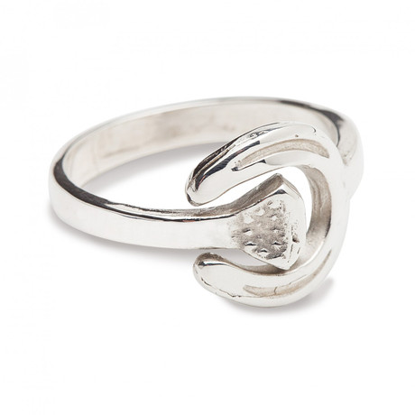 Horseshoe and nail ladies ring