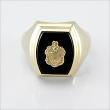 Onyx Barrel Crest Ring