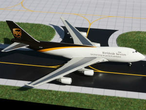 Gemini Jets GJUPS861B UPS 747-400F N572UP 1:400