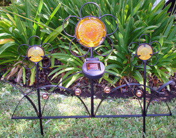 SW Closeouts Elegant Solar Powered Iron Flower Fence Light Amber LED at Sears.com