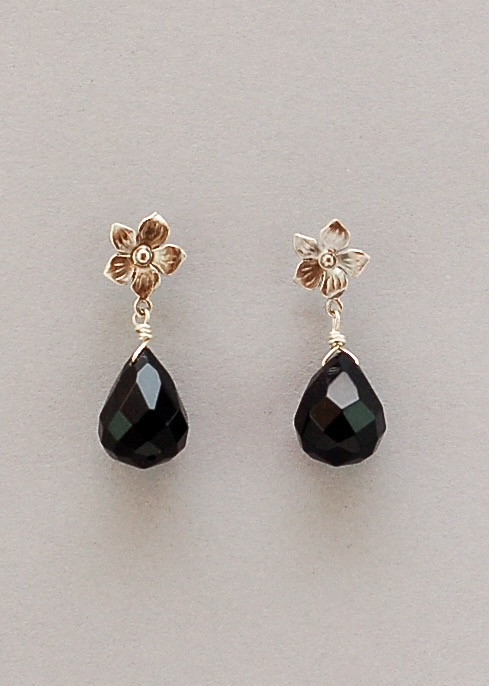 Laurel Earrings- Onyx
