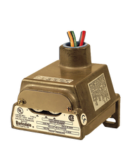 Barksdale Series CD1H Diaphragm Pressure Switch, Housed, Single Setpoint, 0.018 to 1.7 PSI, CD1H-H2SS-P2