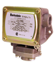 Barksdale Series P1H Dia-seal Piston Pressure Switch, Housed, Single Setpoint, 25 to 600 PSI, P1H-H600SS-T-P2