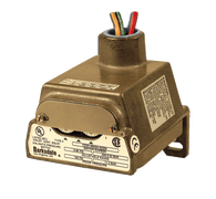 Barksdale Series CD1H Diaphragm Pressure Switch, Housed, Single Setpoint, 0.4 to 18 PSI, CD1H-H18SS