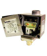 Barksdale Series E1H Dia-Seal Piston Pressure Switch, Housed, Single Setpoint, 1 to 15 PSI, E1H-R15-BR-V