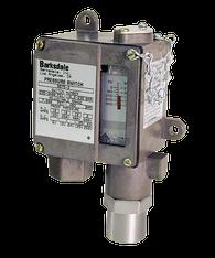 Barksdale Series 9675 Sealed Piston Pressure Switch, Housed, Single Setpoint, 20 to 200 PSI, DA9675-0-AA-V