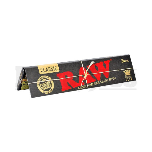 RAW BLACK CLASSIC ROLLING PAPERS KING SIZE SLIM 32 LEAVES UNFLAVORED Pack of 1