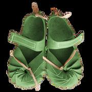 Heidi Walks - Velcro Apple