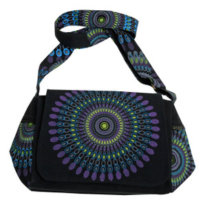 Great Bag with beautiful Splash of color - 2 side pockets