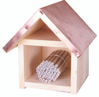Small Mason Bee House Kit and free wildflower seeds [M9210]