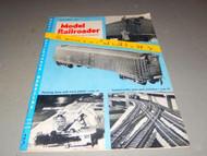 VINTAGE - MODEL RAILROADER MAGAZINE- APRIL 1954 - GOOD - W4