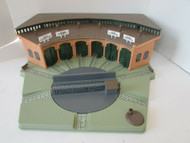ERTL THOMAS THE TANK & FRIENDS 1993 TURNTABLE ROUNDHOUSE PLAYSET AS IS LotD