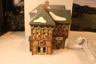 DEPT 56 58331 T. PUDDLEWICK SPECTACLE SHOP DICKENS VILLAGE LIGHTED BLDG NICE D12