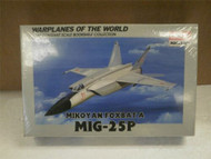 ACADEMY MINICRAFT MODEL KIT- 4428 MIKOYAN FOXBAT A MIG-25P- 1/144- NEW- W52