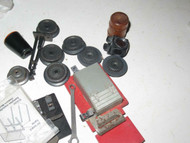 LIONEL - ASSORTED POST-WAR PARTS- GOOD MIX - SEE PICS- H6A