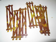 "FENCES - 6 PLASTIC SECTIONS APPROX 1 3/8"" - EXC - M1"