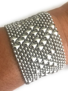 SG Liquid Metal By Sergio Gutierrez Hug and Kisses Silver Mesh Cuff Bracelet B45