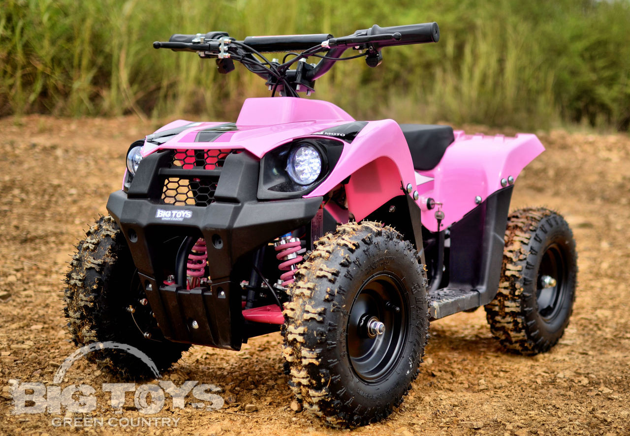 fat girls on four wheelers
