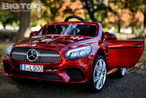 red SL 500 Mercedes-Benz doors front view