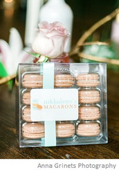 Bubbly Pink Champagne - 12 French Macarons