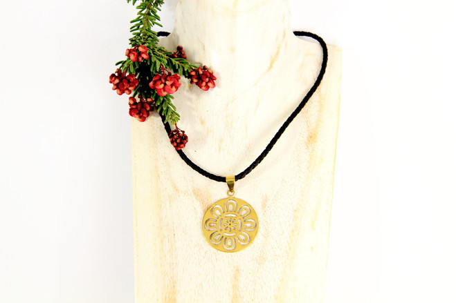 fairtrade ethical recycled jewellery pendant necklace