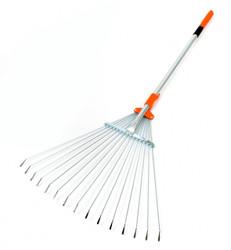 R2 in working mode with handle still closed, landscape rake, garden rake, lawn rake, adjustable rake