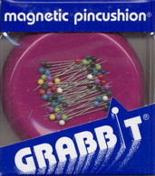Grabbit Magnetic Pincushion Raspberry