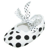 White Black Dot Ribbon Tie Crib Shoes