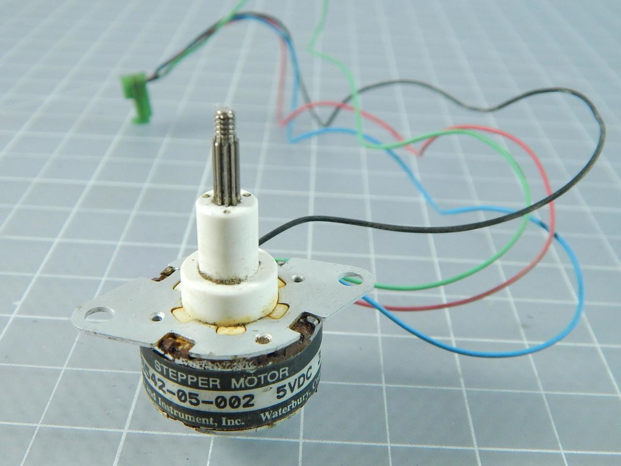 R26542-05-002 Stepper Motor 5 VDC T105344 - Test Equipment and ...