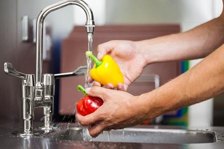 cleaning-vegetables.jpg