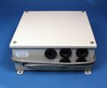 Side-Power Voltage Conversion Box for SE210 and SP240TCi. SM15112N