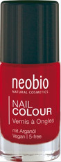 Nail Polish 05 Wild Strawberry