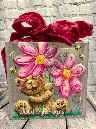 Daisy Bear by Holly Hanley