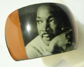 """Martin Luther King, Jr. (Style #1)....opening is 2 7/8"""""""