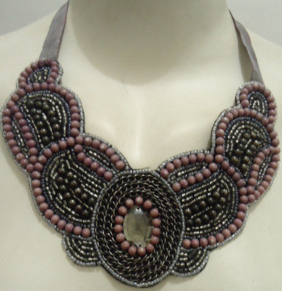"""Gray & Pink Beaded Necklace; tie closure 10"""" length."""