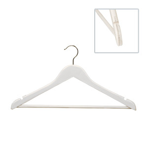 43cm white wooden suit hangers wcurved body 14mm thick sold in 25