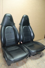 Porsche 911 996 Carrera Seats Black Leather Pair Left Right with tiny Crest